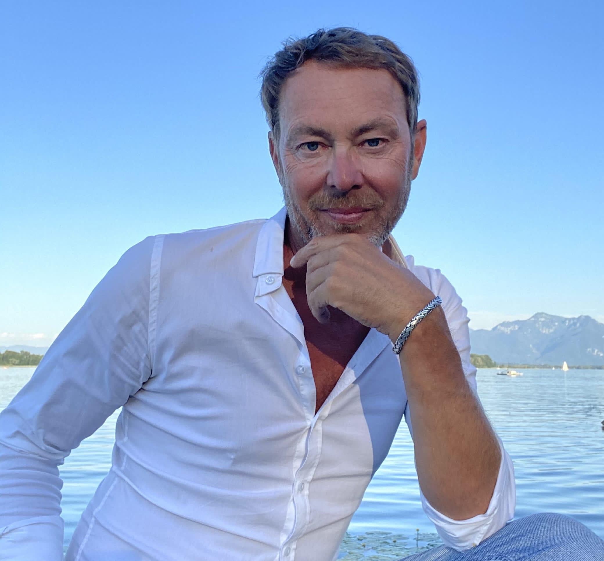 Portrait von DJ Mike Lindström