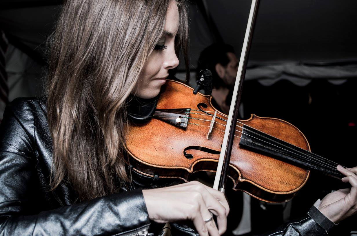 Portrait von Violinistin Beatrix Löw-Beer